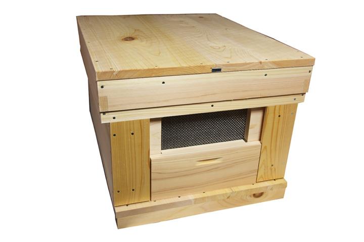 養蜂巣箱 完成品